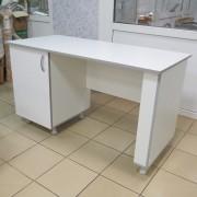 Стол для кабинета врача СМ-1-01.02 с опорами